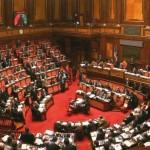 Parlamento chiuso: mazzette, abusivismo e corruzione vanno in ferie